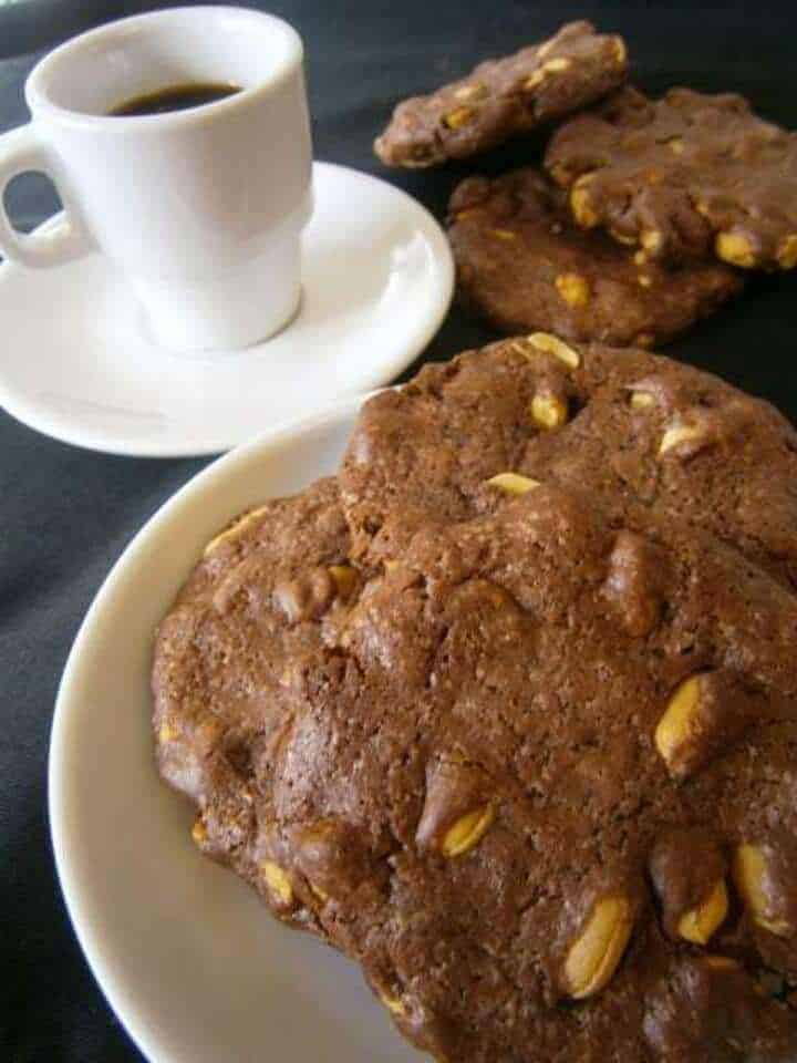 Cookies de Chocolate com Amendoim