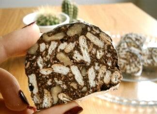 Salame De Chocolate E Nozes